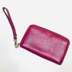 Fossil Magenta Purple Leather Wristlet Wallet